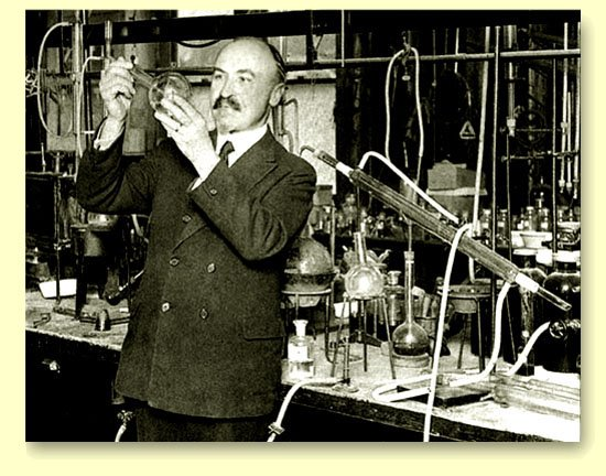 Penemu Plastik - Leo Hendrik Baekeland